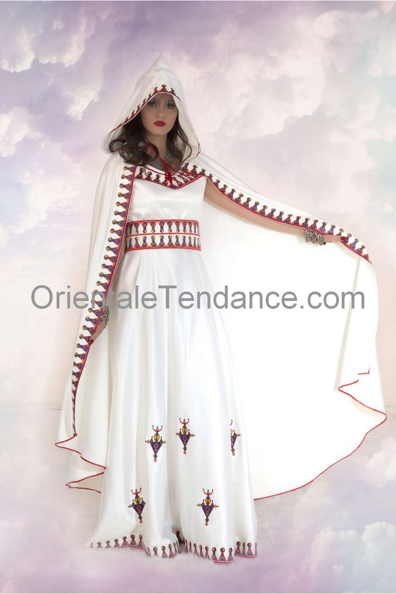 "Robe"" Kabyle "" a ""Burnous"""
