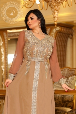 Robe Layal